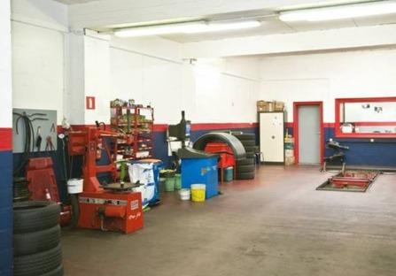 Auxi Pneus - Garage auto